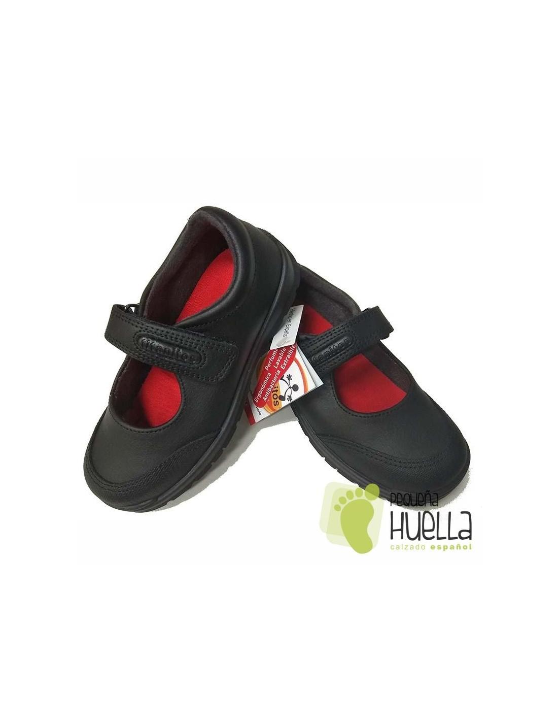 eb79d3b5a Comprar zapatos colegiales de niña Titanitos Atenea lavables en Madrid