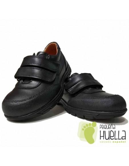 Zapato Colegial Azul Marino o Negro Velcro YOWAS 17