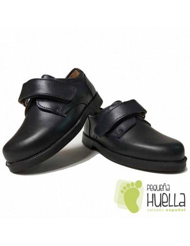 efb6a5f6425 Comprar Zapatos Colegiales de Niños con Velcro Baratos en Madrid 845