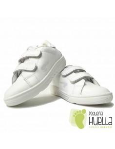 Deportivos Niños Blancos, Piel con Velcro
