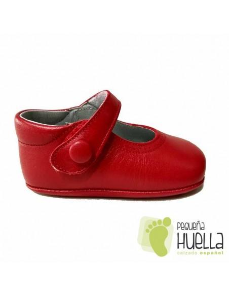 Zapatos rojos niña