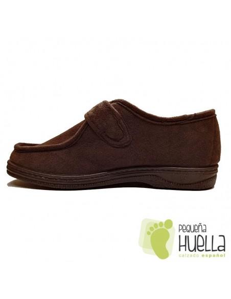 Zapatillas marrones anchas con velcro Doctor Cutillas 14611