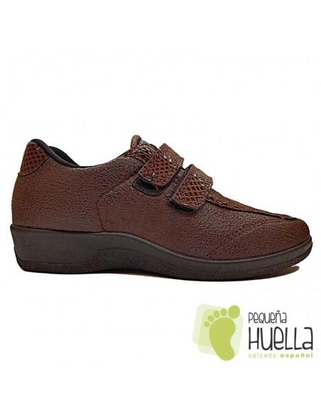 Zapatos marrones anatómicos para mujer con Velcro, La Percla 477