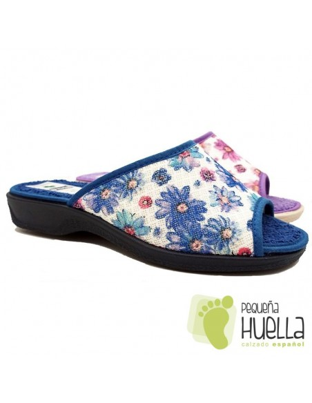 Zapatillas anatómicas con flores de mujer / PERCLA
