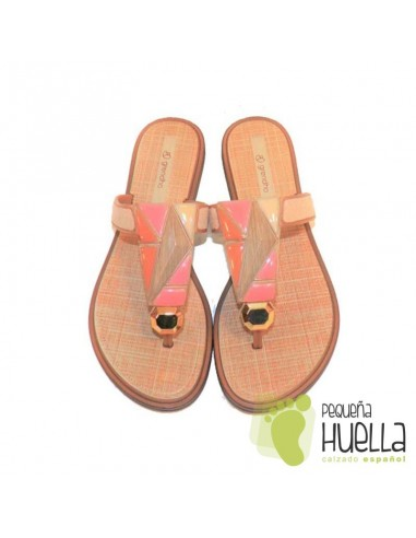 Sandalias o Chancla de Caucho Natural de playa o piscina para niña en las rozas