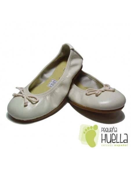 Bailarinas o Manoletinas para niñas beige porcelana en Las Rozas