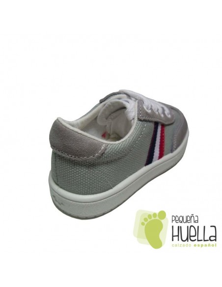 Zapatillas Deportivas tenis Niños niñas Bandera lona gris perla Titanitos con cordones. en Las Rozas